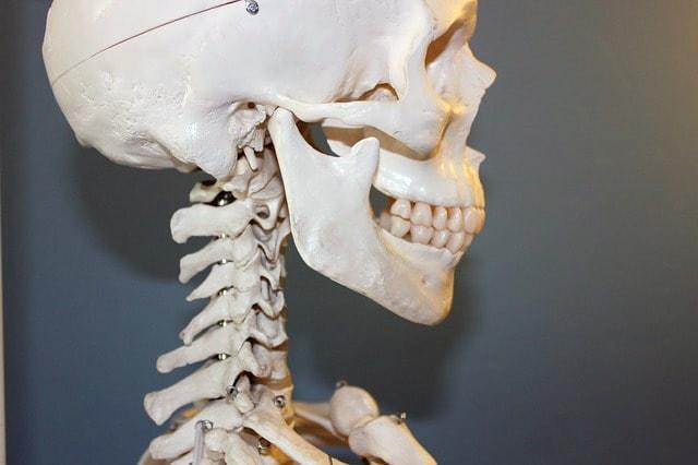 顎関節症の原因と治療方法