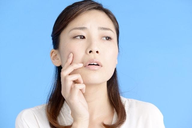 口臭や出っ歯の原因?口呼吸を続けると危険なトラブルが!