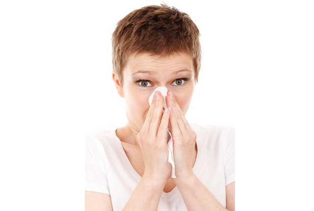 副鼻腔炎で歯が痛くなる?